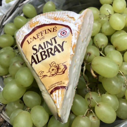 Saint Albray Scaled | Ost